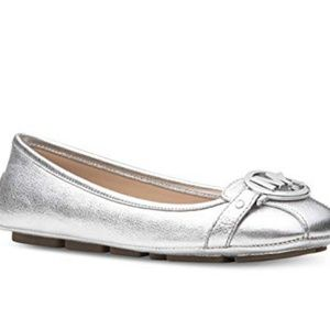Michael Kors Silver Leather Flats Size 6